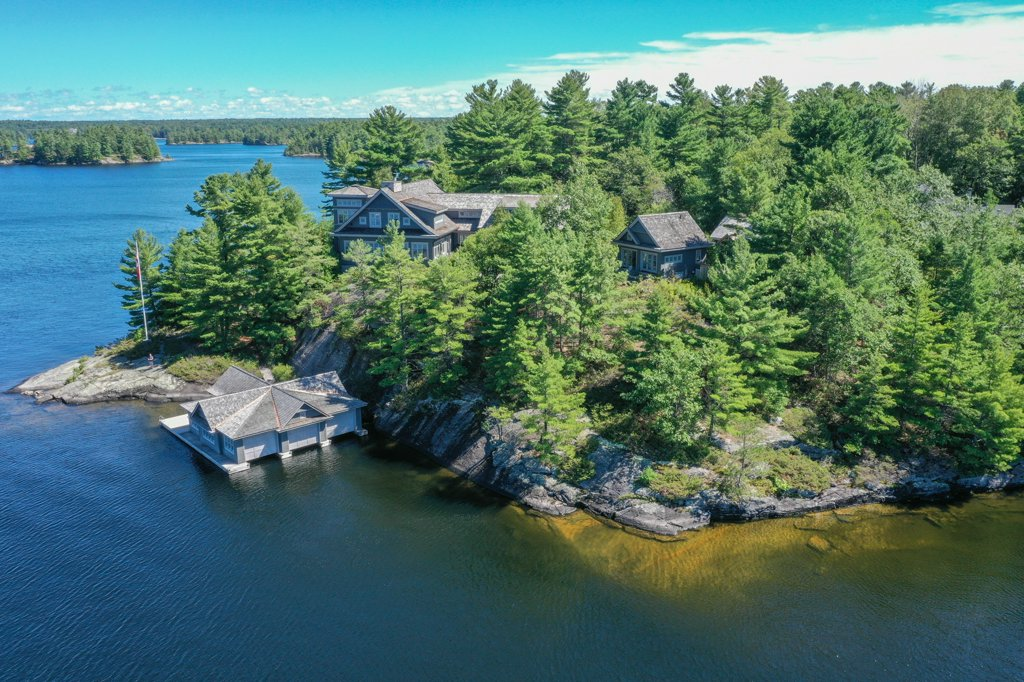 Lake Muskoka - Splendour amidst the Sunsets when the finest in design & Muskoka landscapes is perfectly paired