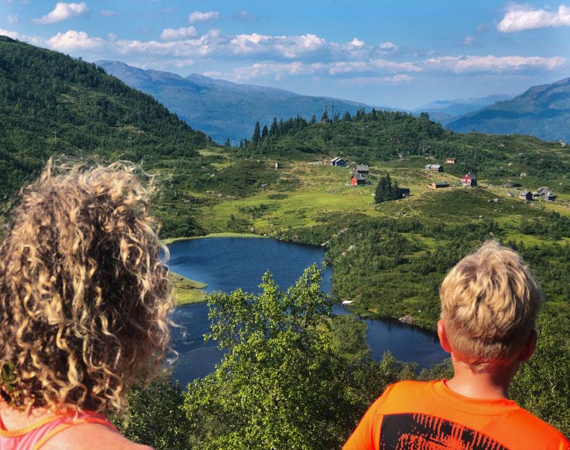 Opningstider og kva som skjer i Ulvik august 2020