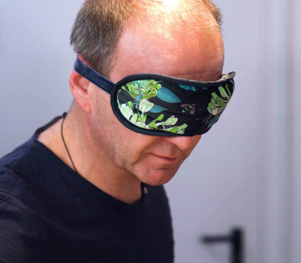 Thomas Leiendecker mit Schlafbrille
