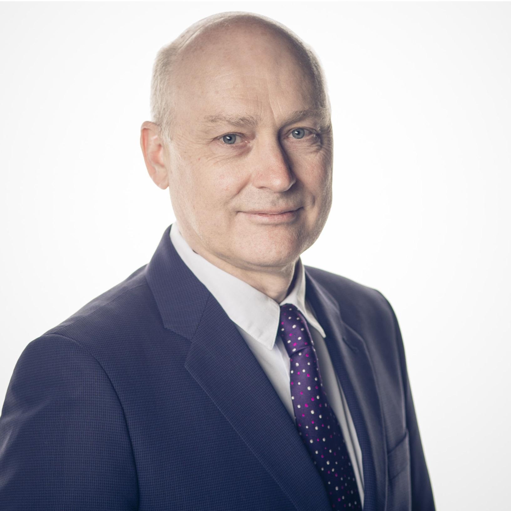 Dr. Andrew Hogg