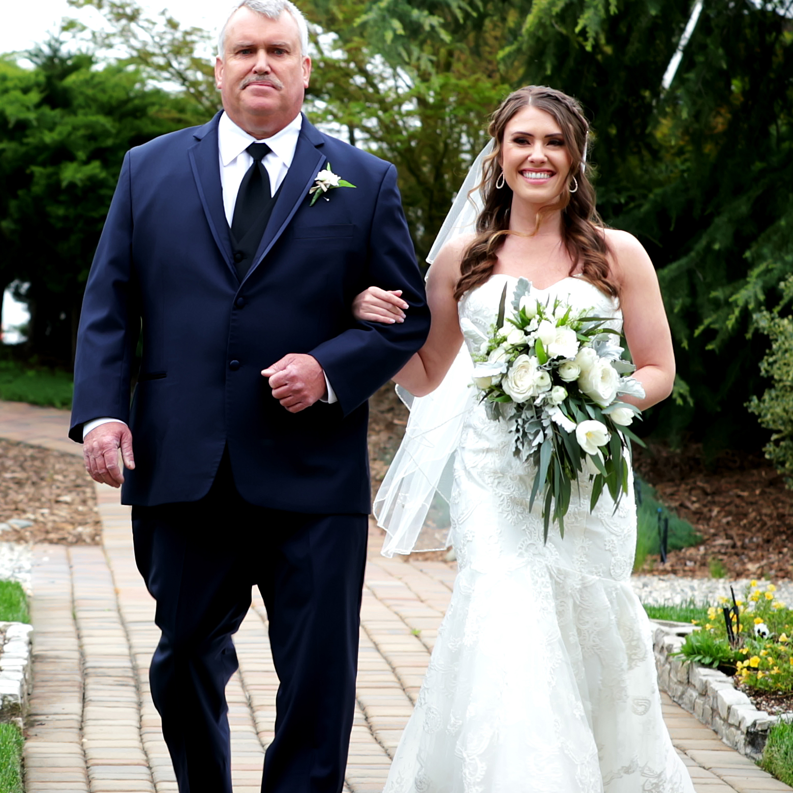Bride and Father Walking down isle in Marysville, Ca