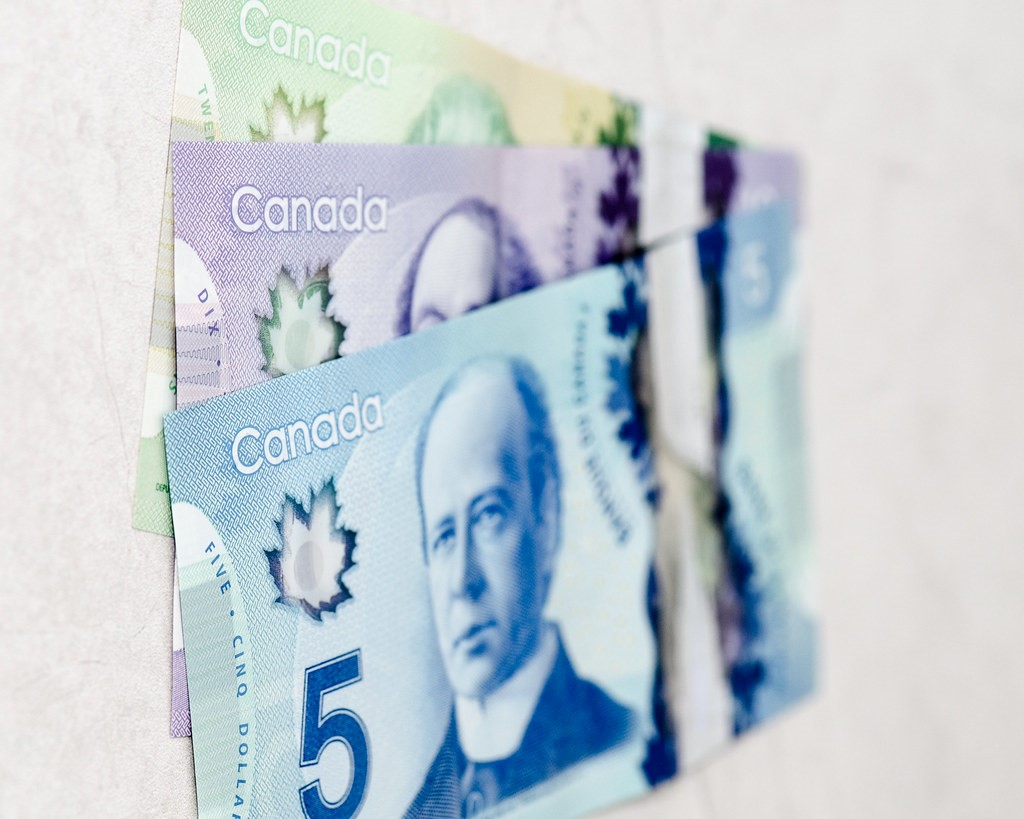 Keep more loonies for yourself when you refinance car loan with Car Loans Canada