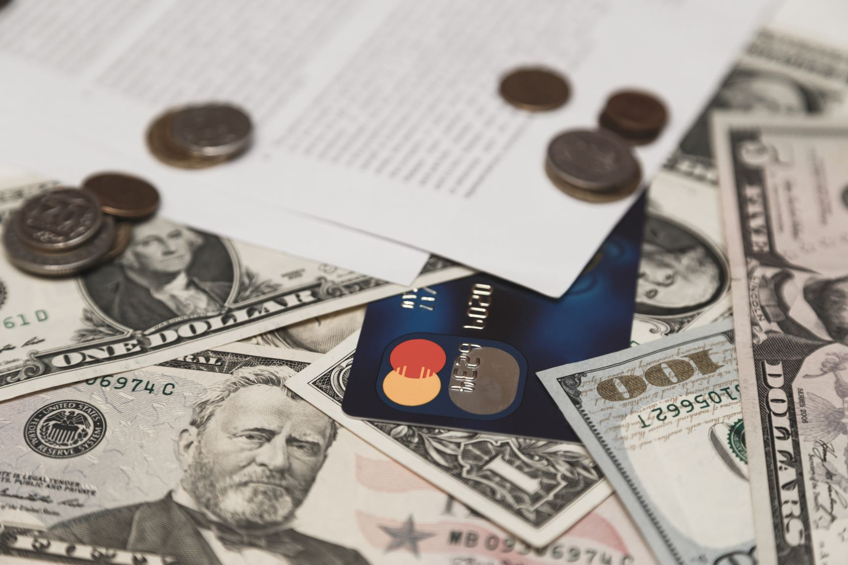 Credit card coins and cash