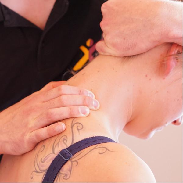 Ein Bild zur Illustration der Therapie-Leistung Manuelle Therapie.