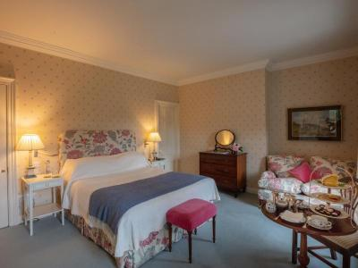 Weekend TWO Night Bed & Full Irish Breakfast & Dinner on one evening - High Season
