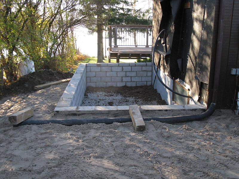 Design & Build Project: Chemong Lake - Block Foundation