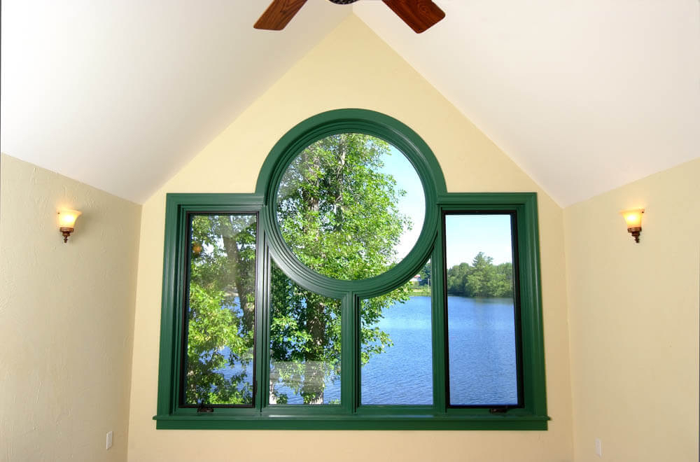Design & Build Project: Young's Point - Vaulted Ceiling With Window Wall