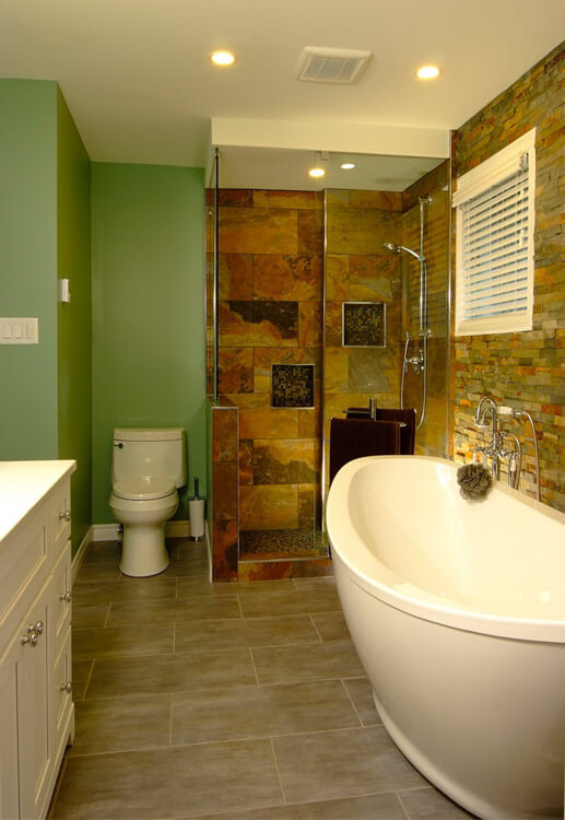 Design & Renovate Project: The Staycation - Bathroom
