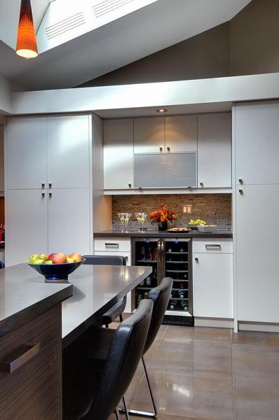 Design & Renovate Project: Ridgewood Ultra Modern Kitchen - Cabinets