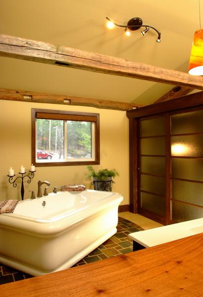 Design & Renovate Project: Mississagua Lake - Bathtub