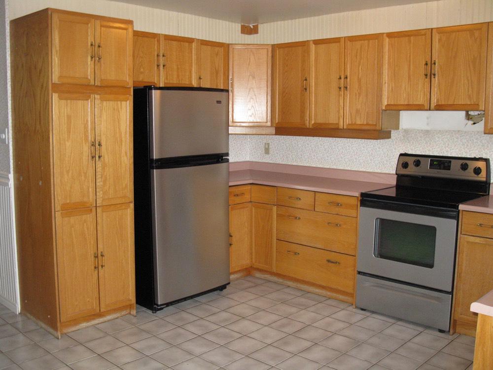 Design & Renovate Project: Dalhaven Custom Kitchen - Pre-Renovation