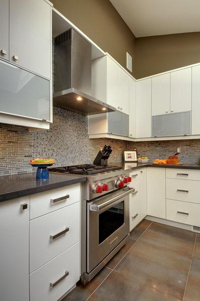 Design & Renovate Project: Ridgewood Ultra Modern Kitchen - Stove and Range