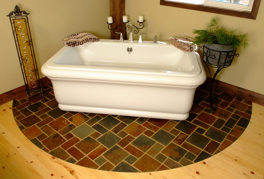 Design & Renovate Project: Mississagua Lake - Bathtub With Tile Design Underneath