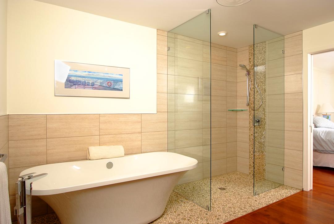The Studio House Bathtub