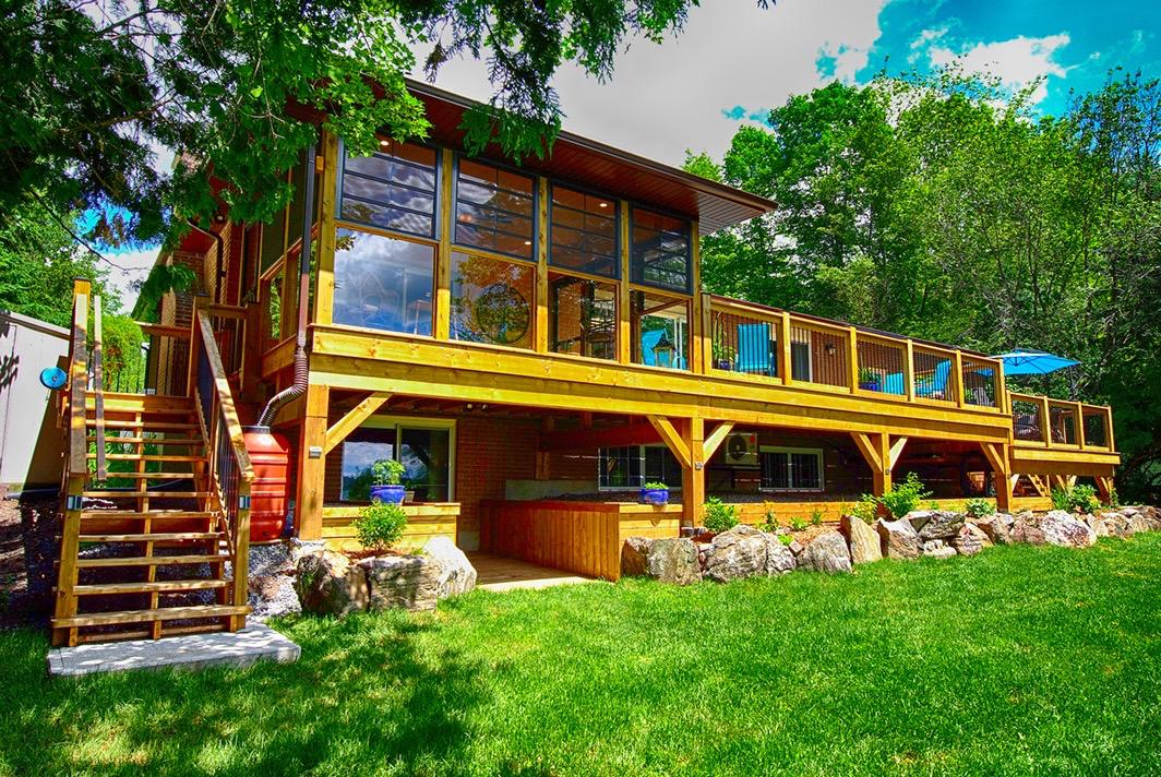 Design & Build Project: Multipurpose Entertainment - Deck Stairs