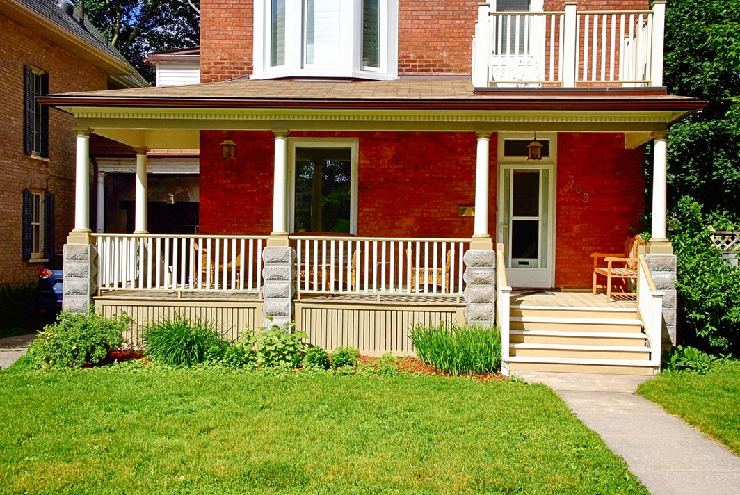 Design & Build Project: Historical Restoration - Exterior Font Porch
