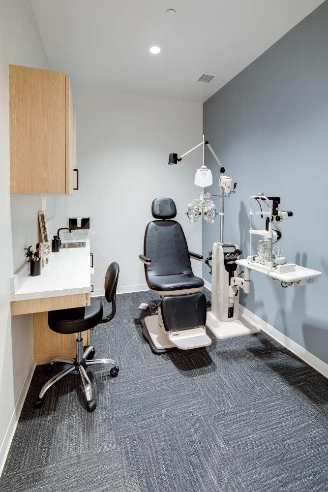 optometrist room