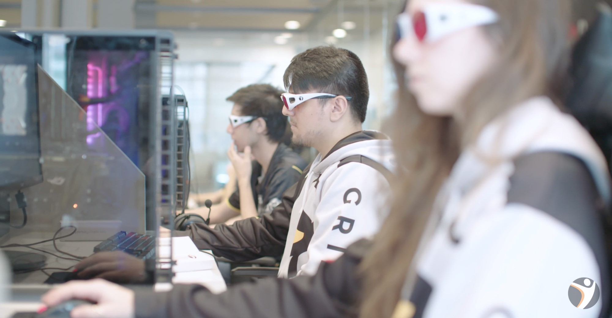 eSports athletes competing for the highest NeuroTracker speed thresholds