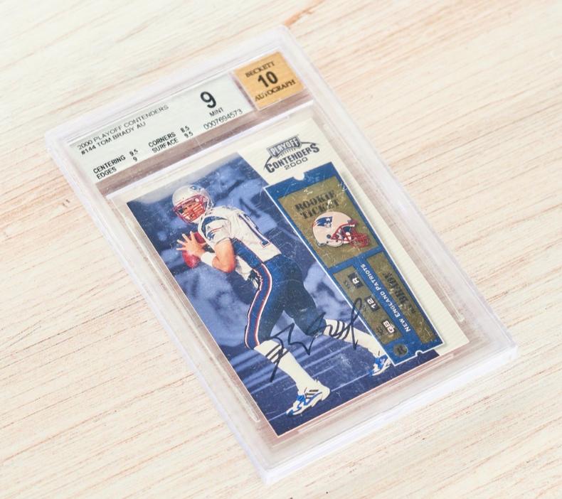 2000 Playoff Contenders Tom Brady Rookie Card (BGS 9, Auto 10)
