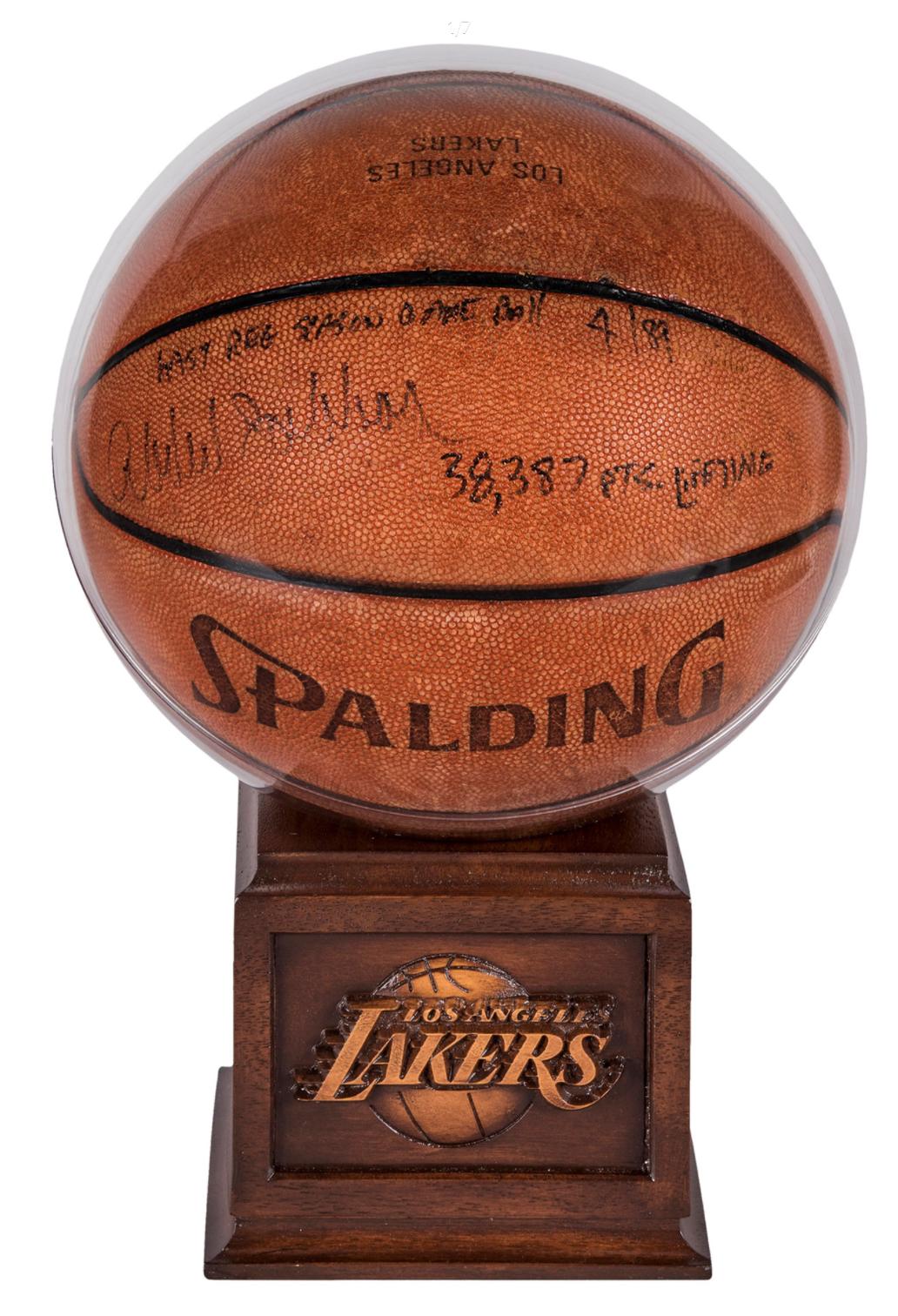 Kareem Abdul-Jabbar NBA Record 38,387 Point Ball (Signed & Inscribed)