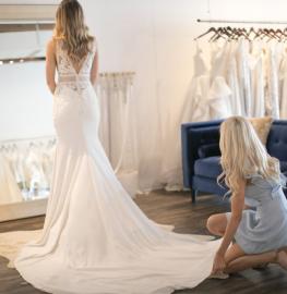 One Bridal Room