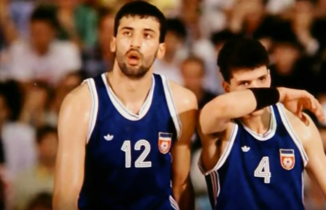 """How the 1990s Balkan Wars Destroyed Yugoslavia's """"Basketball Miracle"""""""