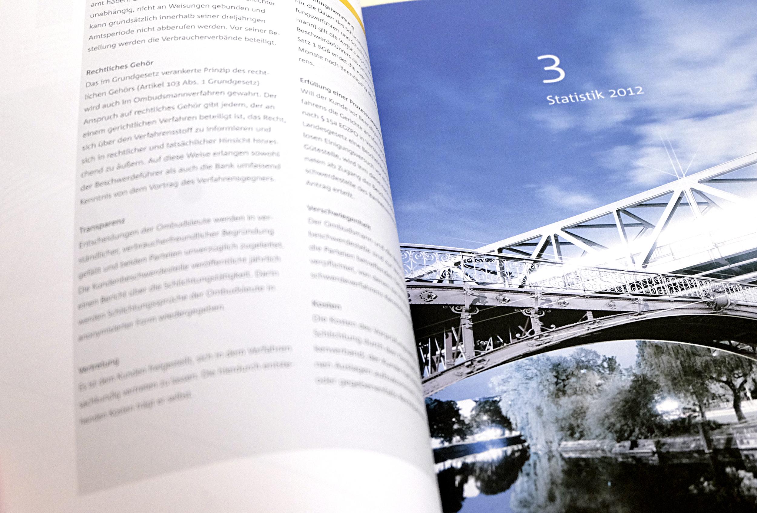 Foto einer Innenseite des Ombudsmannberichtes