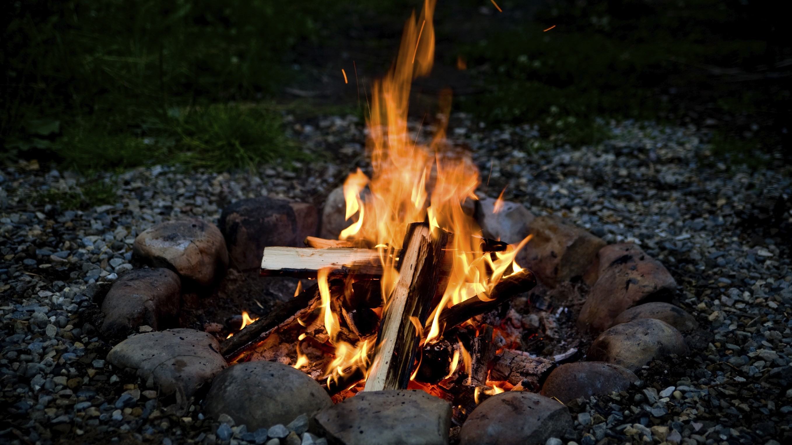 Camp – Fire – Art