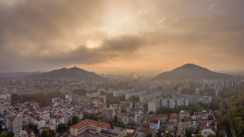 Демократичнa България: Отчетът на програмата за въздуха е лъжа към пловдивчани