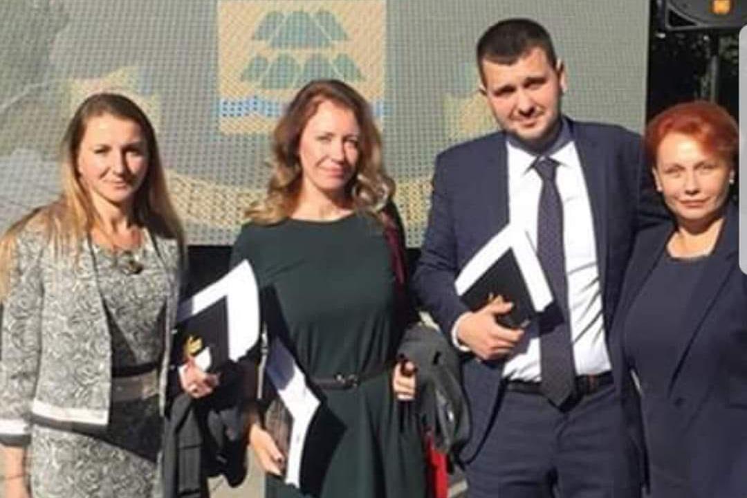 """""""Демократична България"""" в помощ на бизнеса: Общината да върне такса смет на туристическия бранш"""