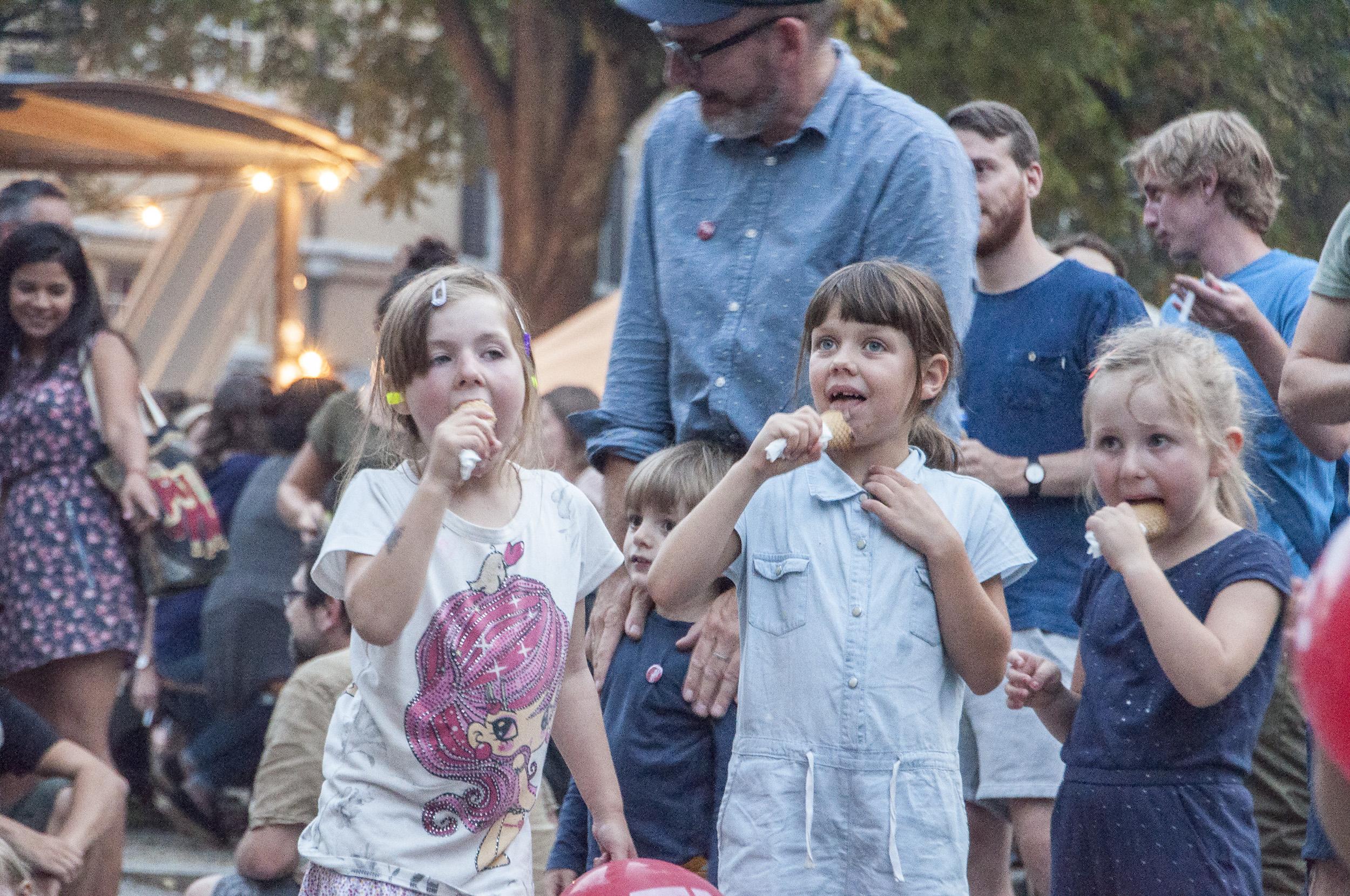Kinder am Fest