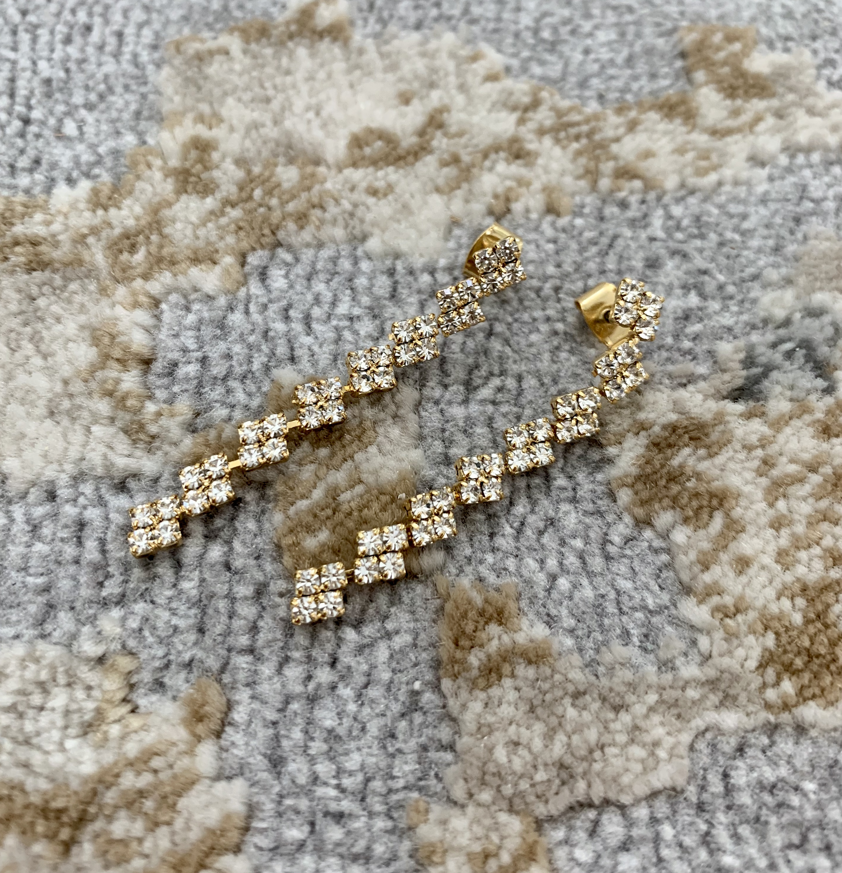Gold Floral Drop Earring