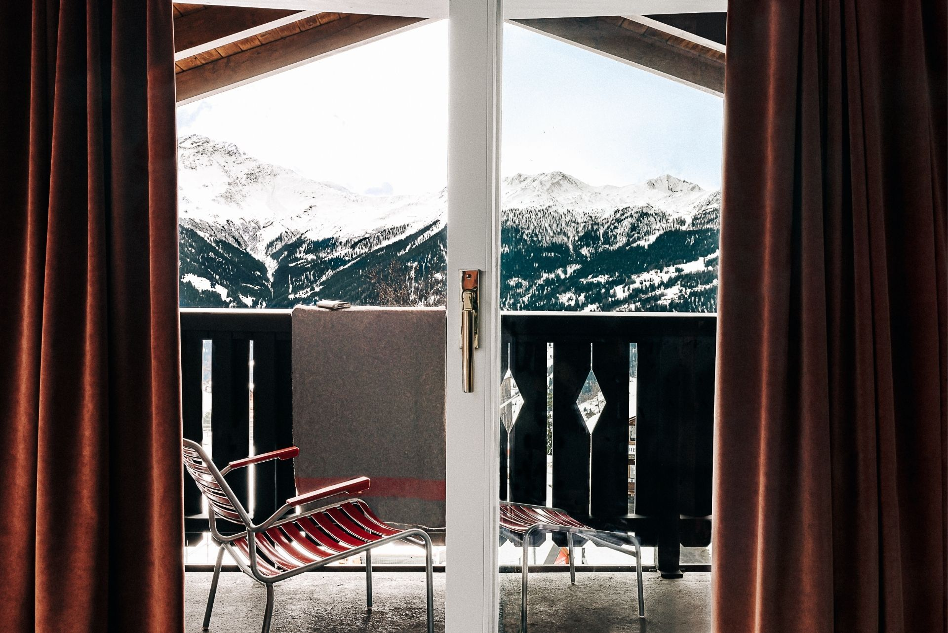 Terrace chair Experimental Chalet Hotel Verbier