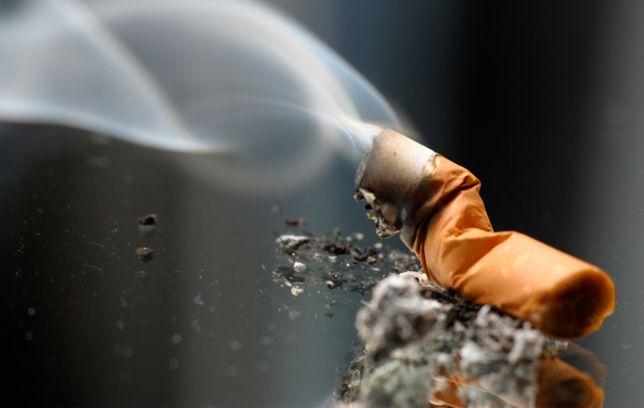 Investors Get Burned By Tobacco Stocks
