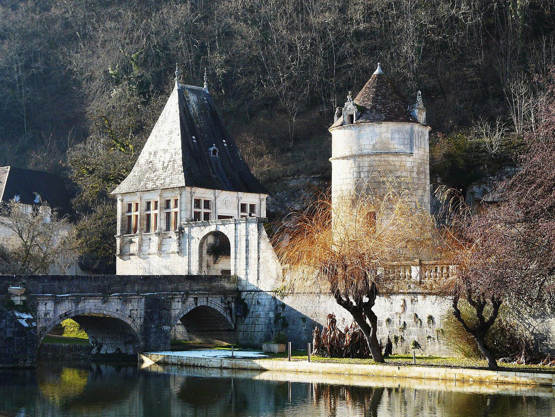 Pont fortifié - Abbaye de Brantôme