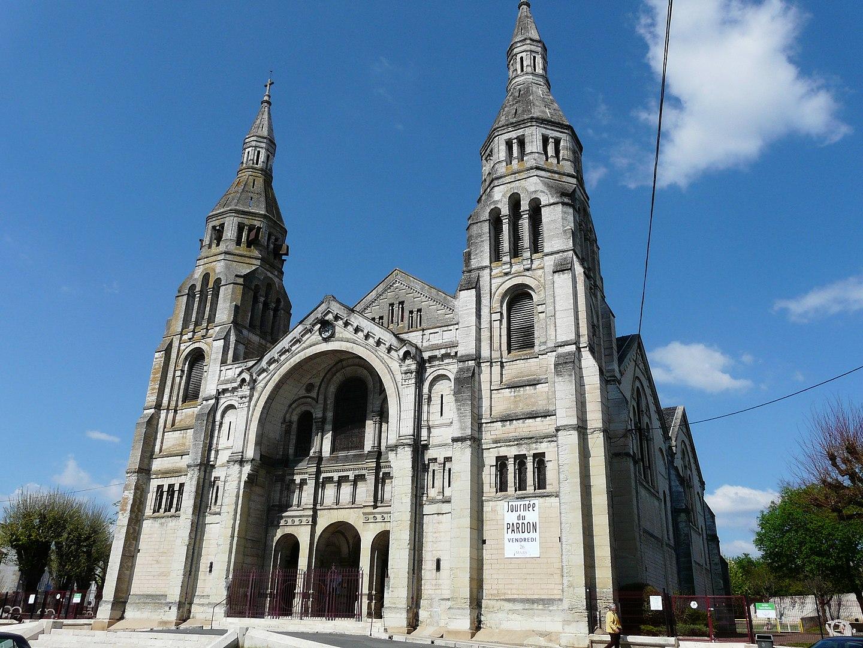 Église à Périgueux