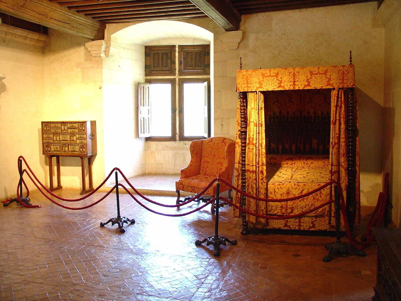 Bed room - Château de Puyguilhem