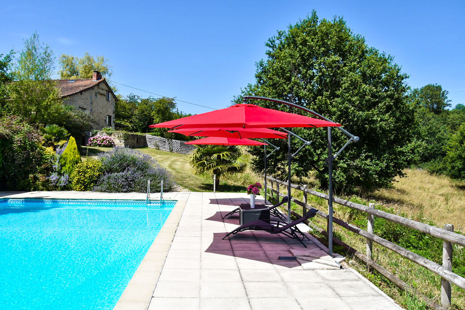 gîte swimming-pool