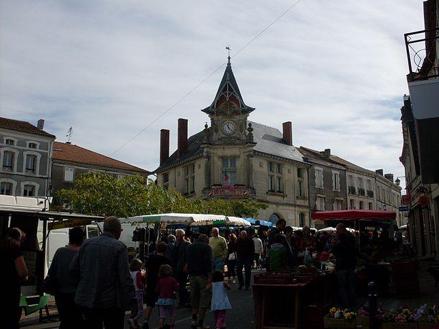 Market of Piégut-Pluviers