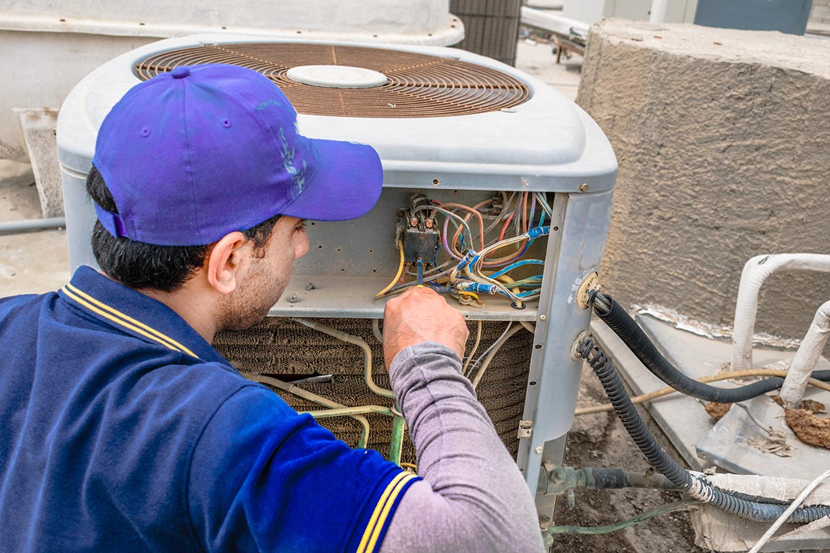 central ac installation repair man