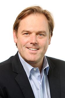 Oliver Karius