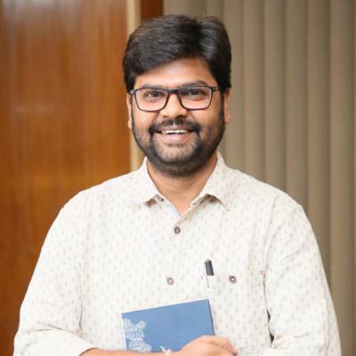 Dr Amit Chandra