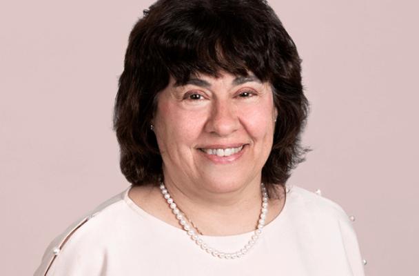 Linda M Delahanty
