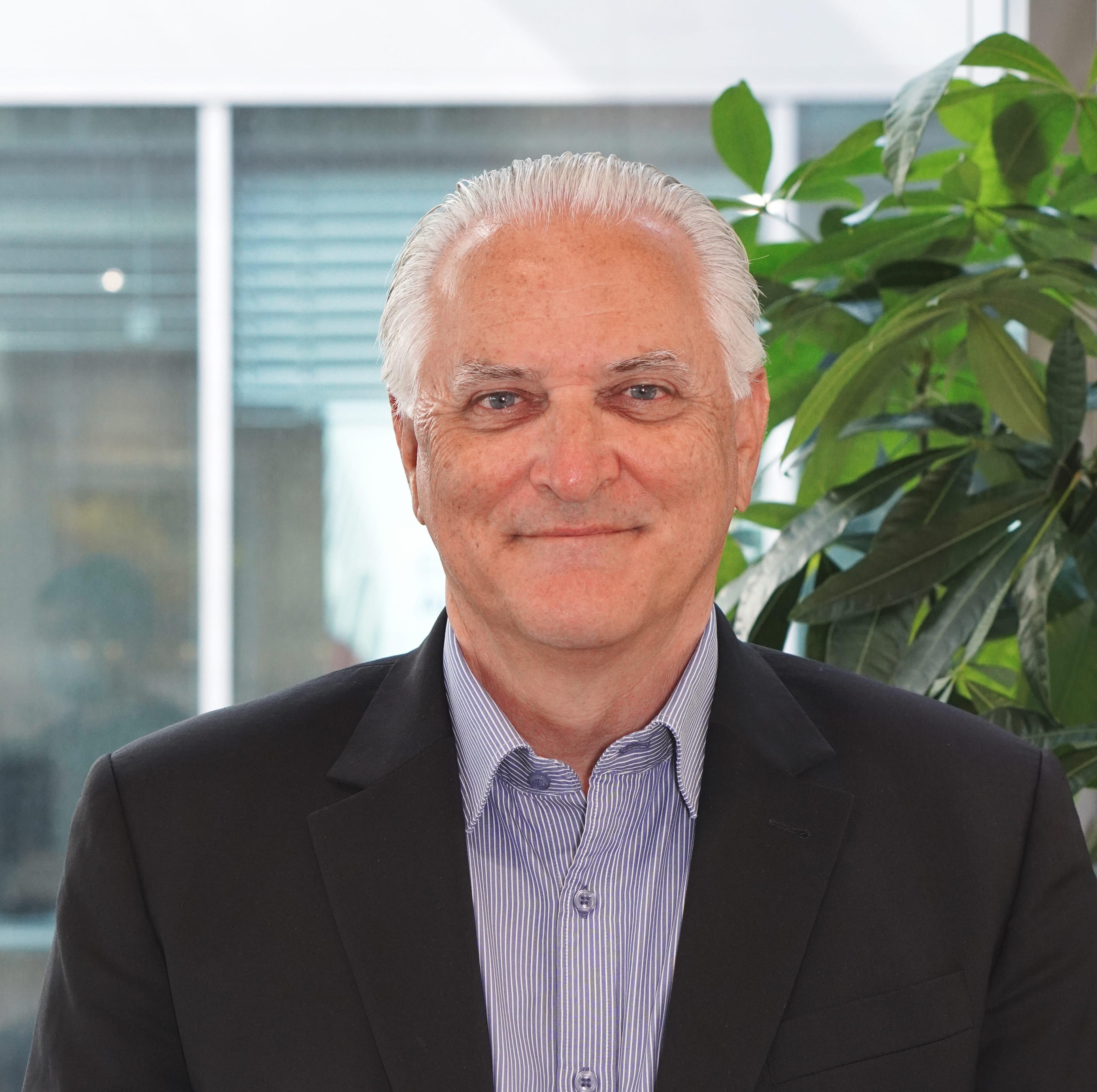 Dr. Michael Failer