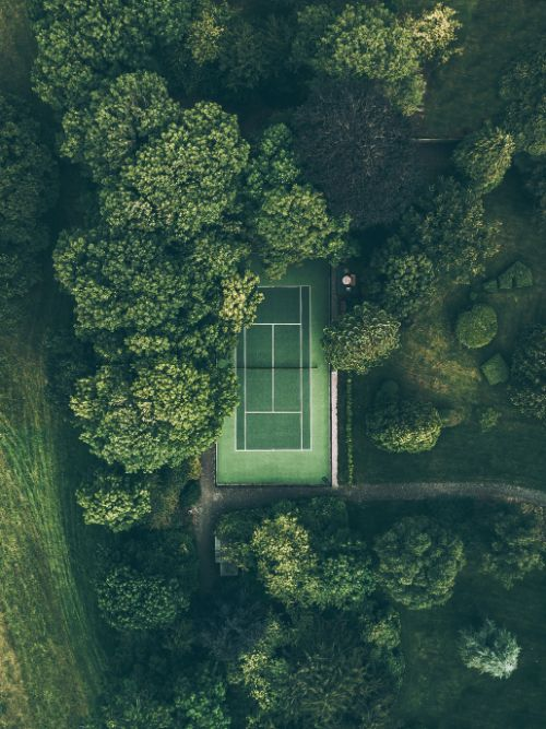 Aerial photograph of a tennis court taken from above with a DJI Phantom drone