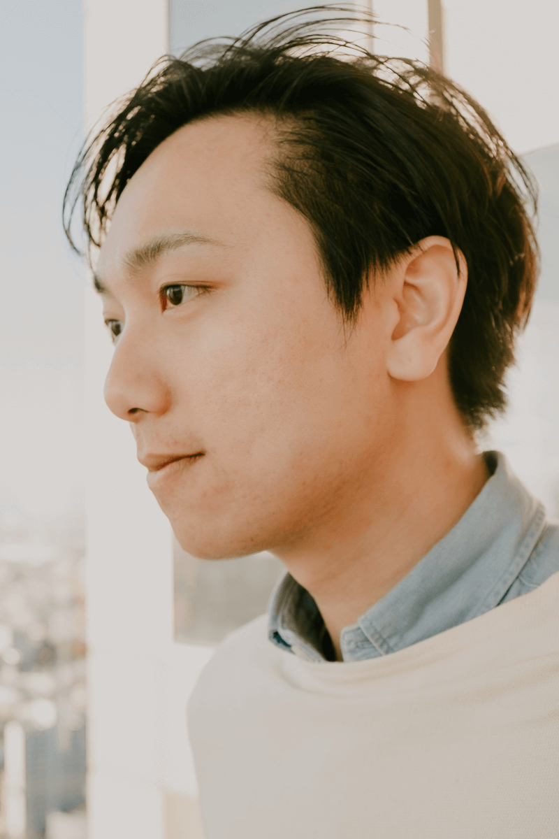 Heashot of Yuu Shinozaki - Founder and Lead Designer of yuuxDesign