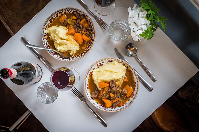 Beef & red wine stew (Frozen)