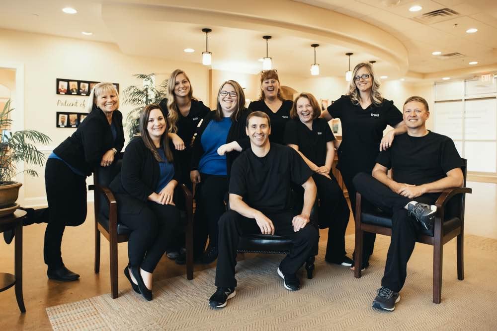 Photo of the Shenandoah dentistry team