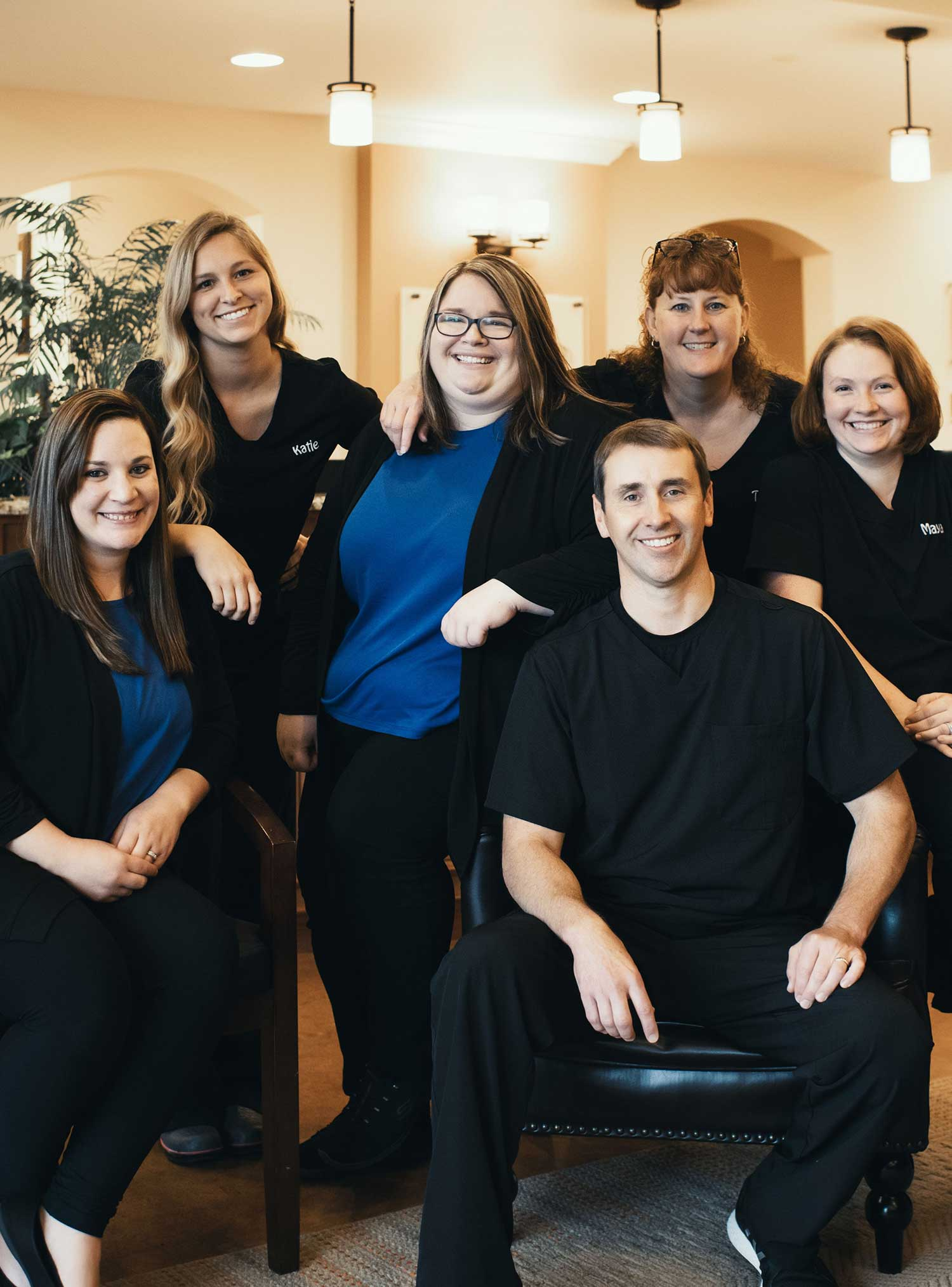 Photo of the Shenandoah dentistry team