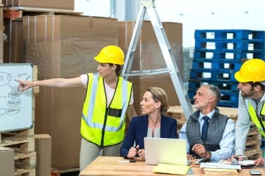 Experts planning how to optimize the warehouse
